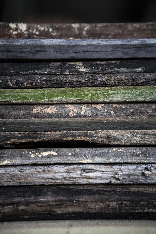 歷經風霜的木橫擔